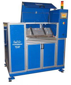 Horizontal tumbler machine for large parts